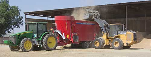 tractor loading mixer wagon