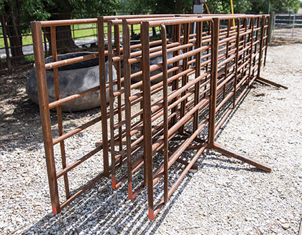 Combine Gates For A Flexible Cattle Corral