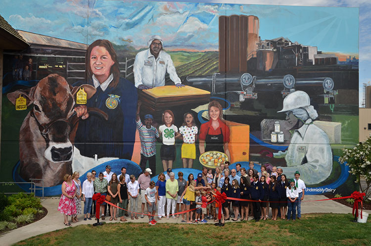 Hilmar Cheese Company Unveils Largest Dairy Mural in the U ...