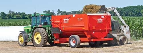 Kuhn RA 100 series mixer