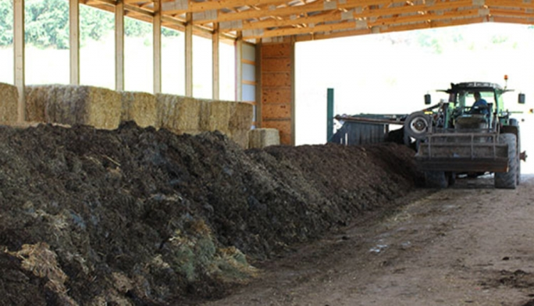 Yahara-compost-turning